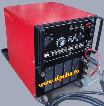 Thyrotig 220 AC/DC